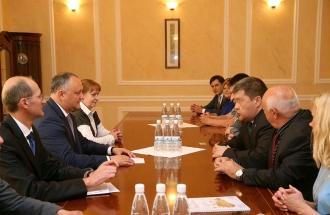 Игорь Додон встретился с делегацией участников бизнес-тура Челябинской области