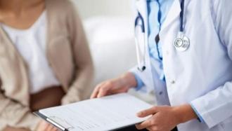 Снижение тарифов на медицинские услуги опаздывают на месяц
