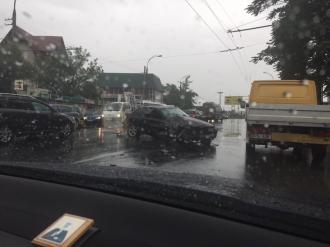 Страшное ДТП в Кишиневе: Три пассажира маршрутки в больнице