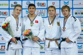 Матвейчук завоевал бронзу на Чемпионате Европы по дзюдо среди кадетов