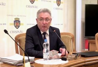 Срочной ликвидации залежей веток у жилых домов из-за пожара в столице потребовал Грозаву