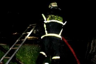 Родители трех детей, погибших в пожаре в Глодень, не смогли войти в дом из-за большого пламени