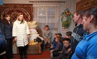 Фонд первой леди помог многодетной семье из Каларашского района