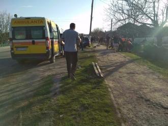 В Фэлештах мотоцикл влетел в остановку: два трупа, двое раненых