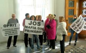 В столичной примэрии протестуют против незаконного строительства на Московском проспекте