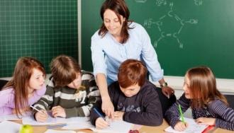 Молдавские учителя просят увеличить  заработную плату