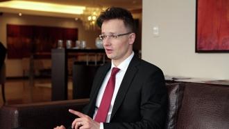 МИД Венгрии заявил о продолжении миграционной политики, несмотря на волю ЕС