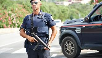 В Италии трое румын совершили ограбление в стиле