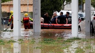 Власти Франции продолжают эвакуацию жителей юга из-за наводнений