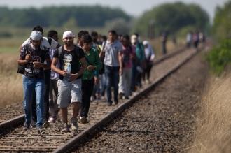 ЕС продолжает прием беженцев