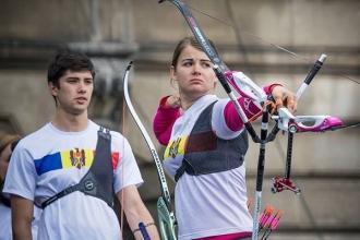 Лучники Дан Олару и Александра Мырка завоевали серебро на чемпионате мира