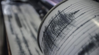 Землетрясение магнитудой 7,3 в Индонезии