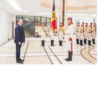 Президент Республики Молдова принял верительные грамоты послов четырех стран