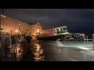 В Венеции наблюдается  рекордное за 50 лет наводнение