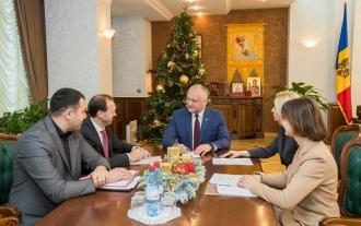 Глава государства провел встречу с башканом Гагаузии Ириной Влах