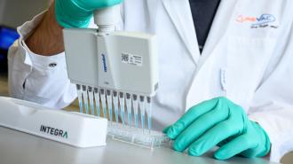 Российские врачи сообщили об успешном тестировании вакцины от коронавируса