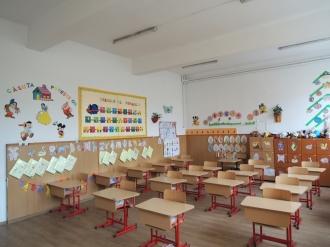 Начальник управления образования Окницкого района рассказал какое наказание грозит учителю, занимавшемуся политической пропагандой на уроке.