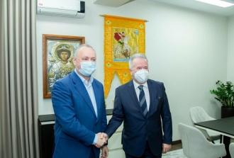 Лидер ПСРМ Игорь Додон встретился с Послом Турецкой Республики в Республике Молдова Гюролом Сёкменсюэром.