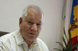 Бывший председатель Конституционного суда Виктор Пушкаш недоумевает относительно тайной встречи в президентской администрации, в которой участвовали судьи