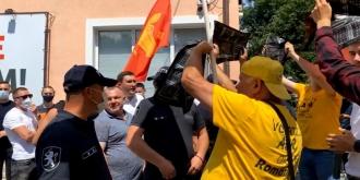 ПСРМ: Насильственные действия унионистов из партии «AUR» перед нашим офисом носят провокационный и экстремистский характер