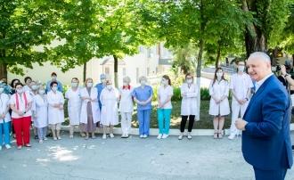 Игорь Додон: Мы продолжим проекты по развитию медицинской системы страны