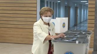 Зинаида Гречаный призвала граждан делать выбор самостоятельно, не поддаваясь влиянию