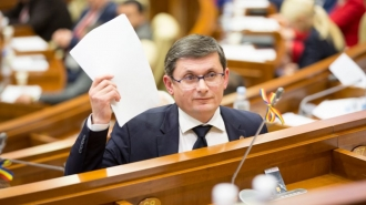 Голосами ПДС и партии «Шор» Игорь Гросу избран председателем парламента