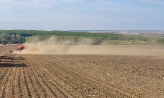 Критическая ситуация с посевной кампанией. Засеяны только треть площадей под пшеницу
