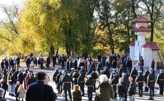 ПСРМ осуждает героизацию нацистских преступников: Те, кто затеял постыдную акцию в парке «Валя Морилор», - точно такие же преступники