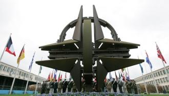 Посол РФ в Германии: Россия готова возобновить работу с НАТО