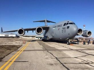 Pe aeroportul din Chișinău a aterizat un avion militar al SUA