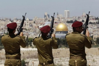 Около 30 палестинцев ранены в столкновениях с израильскими военными