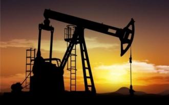 Rusia şi Arabia Saudită s-au înţeles să îngheţe producţia de petrol, aflată aproape de maxime record