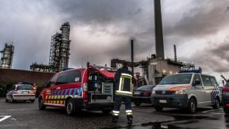 Explozie de proporţii la o centrală din oraşul belgian Anvers. Locuitorii, sfătuiţi să rămână în case.