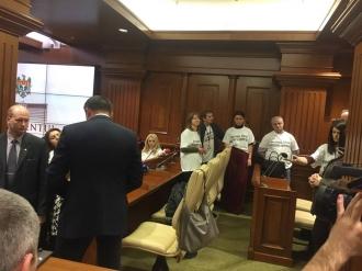 Jurnaliștii protestează în Parlament