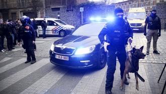Poliţia şi armata sporesc măsurile de securitate în apropiere de centralele nucleare din Belgia