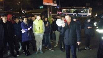 Zeci de șoferi au protestat în capitală față de scumpirea vinietelor.