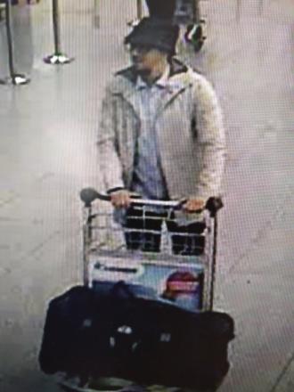 Atentate la Bruxelles: Al treilea suspect de la aeroportul Zaventem este Najim Laachraoui
