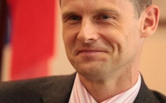 Ambasadorul Marii Britanii la Chișinău: În Moldova a fost creat un sistem distrugător, care protejează interesele unei elite.