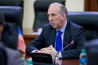 James Pettit: Guvernul moldovean a îndeplinit precondițiile pentru începerea negocierilor cu FMI