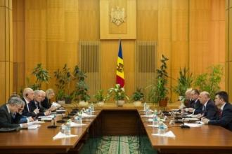"""Premierul Pavel Filip solicită reluarea, cât mai curând posibil, a negocierilor în formatul """"5+2"""""""