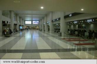 Angajați ai aeroportului din Beirut, arestați pentru colaborare cu teroriști