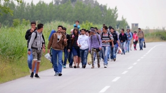 Austria a introdus noi controale la frontiera cu Ungaria pentru a preveni alte rute pentru imigranţi