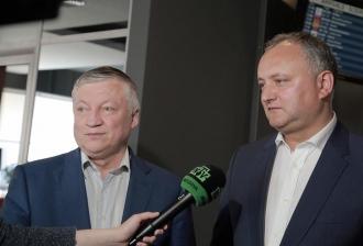 Campionul mondial la șah și deputatul rus Anatolii Carpov, în vizită la Chișinău