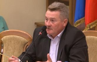 Percheziţiile de la Primăria Chişinău: Cinci persoane, printre care și viceprimarul Vlad Coteț, reținute de CNA