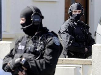 ATAC ARMAT la Paris, în apropiere de Champs-Elysées: Un civil şi un poliţist au fost răniţi