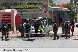 Afganistan: Talibanii au executat cel puțin 16 pasageri de autocar