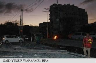 Somalia: Atacul asupra unui hotel din Mogadiscio cu mașină-capcană a făcut cel puțin 10 morți