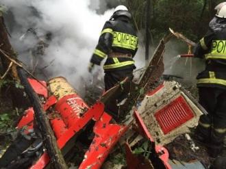 Procurorii au finalizat cercetarea la locul prăbuşirii elicopterului SMURD, epava urmează să fie predată autorităţilor române