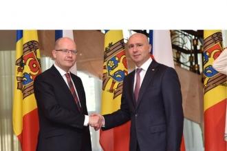 Moldova şi Cehia au semnat două memorandumuri de cooperare în sectorul dezvoltării regionale